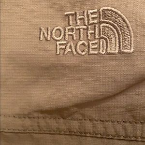 The North Face Shorts - Olive North Face shorts